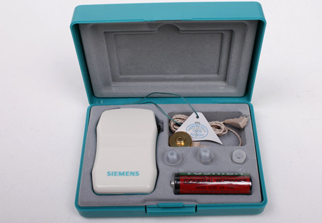 西门子盒式助听器